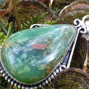 Pendentif en chrysoprase boulder, pierre naturelle, lithothérapie