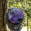 Pendentif charoite et tanzanite, pierres naturelles serties sur pendentif au look vintage et tribal, modèle unique.