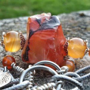 Bracelet en cornaline, multi-rangs, pierre naturelle brute et perles roulées