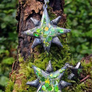 Boucles d'oreilles double étoile avec des paillettes holographiques glitter, vert et noir